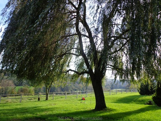 Lieurey - FRA (photo 3)