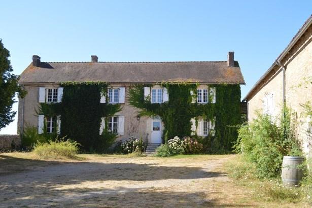 Saint Savin - FRA (photo 2)
