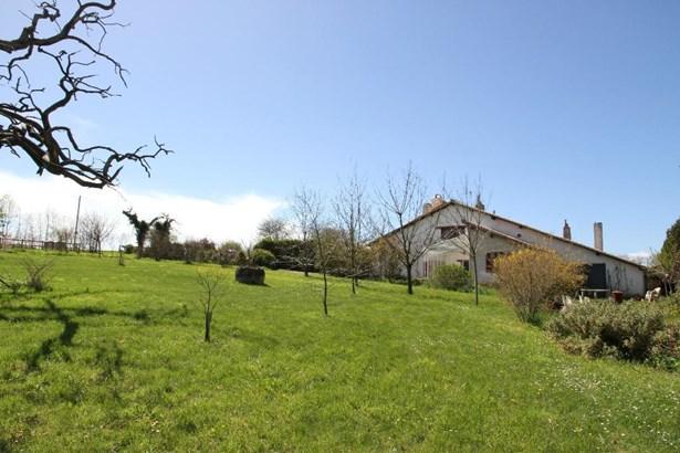 Entre Fontaine Le Comte Et Viv - FRA (photo 3)