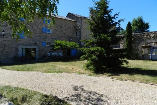 Severac Le Chateau - FRA (photo 3)