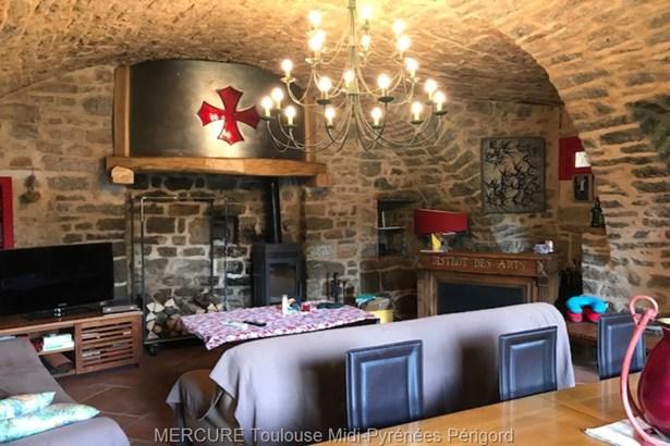 Severac Le Chateau - FRA (photo 4)