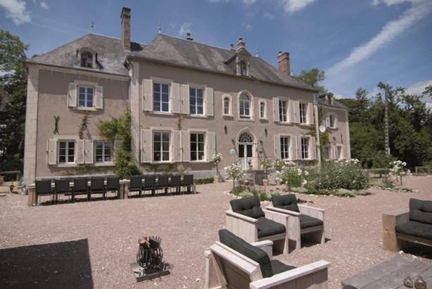 Cosne Sur Loire - FRA (photo 1)
