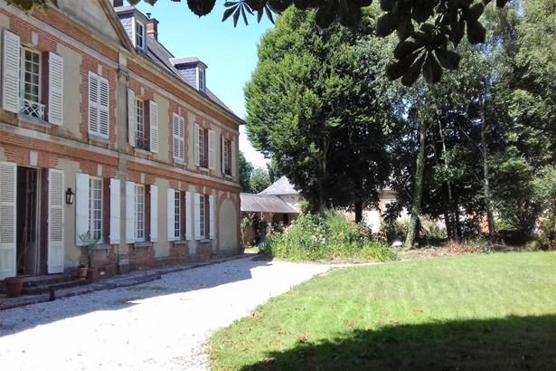 Chaumont En Vexin - FRA (photo 2)