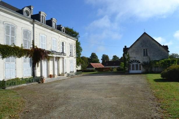 Chatillon Sur Indre - FRA (photo 3)
