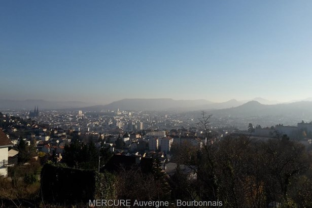 Clermont Ferrand - FRA (photo 1)