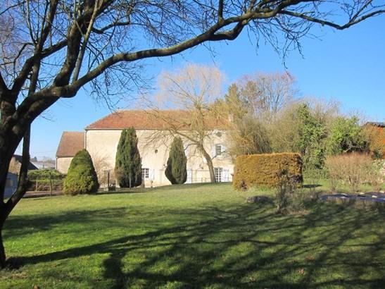 Chatillon Sur Seine - FRA (photo 1)