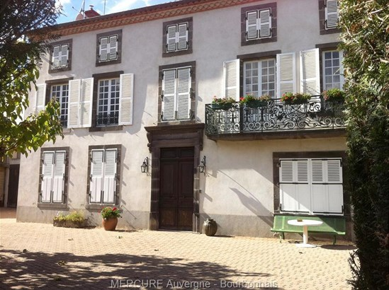 Issoire - FRA (photo 1)
