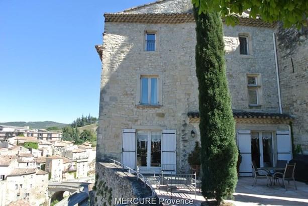 Vaison-la-romaine - FRA (photo 1)