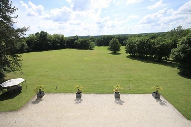 Nevers - FRA (photo 4)