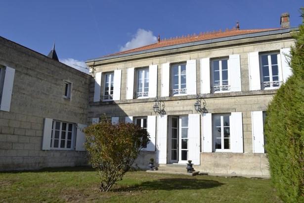 Saintes - FRA (photo 3)
