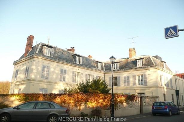 Viarmes - FRA (photo 5)