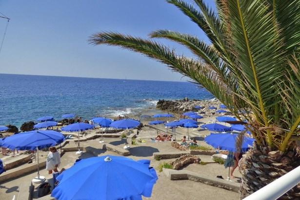Roquebrune Cap Martin - FRA (photo 2)