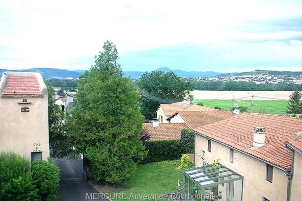 Clermont-ferrand - FRA (photo 1)