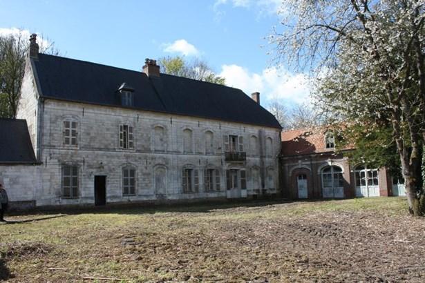 Avesnes Le Comte - FRA (photo 3)