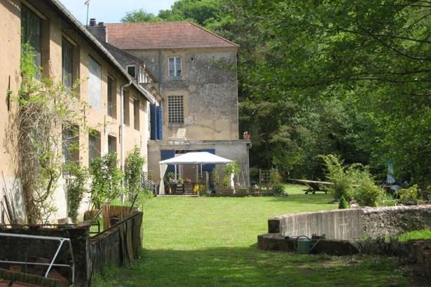 Avallon - FRA (photo 3)