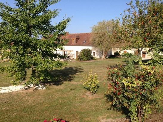 La Roche-posay - FRA (photo 4)
