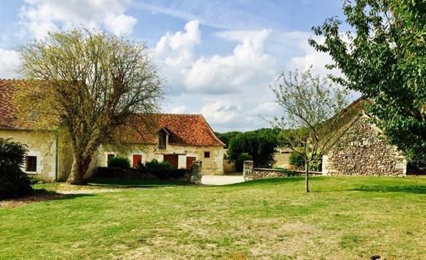 La Roche-posay - FRA (photo 5)