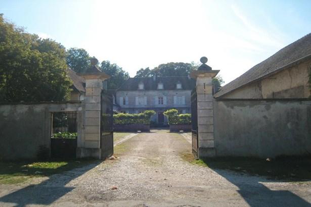 Chalon-sur-saône - FRA (photo 5)