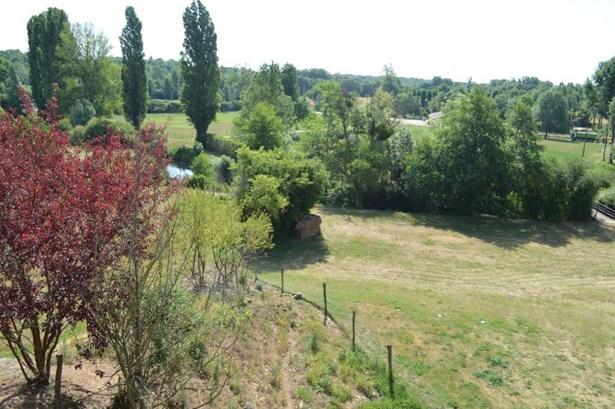 Chateau Larcher - FRA (photo 3)