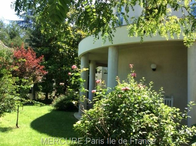 Saulx Les Chartreux - FRA (photo 5)