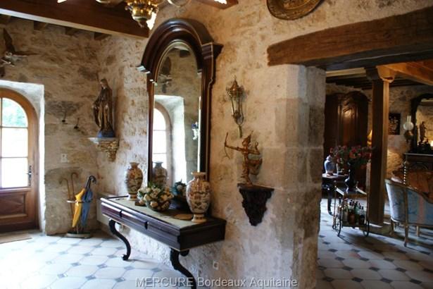 Prayssas - FRA (photo 4)