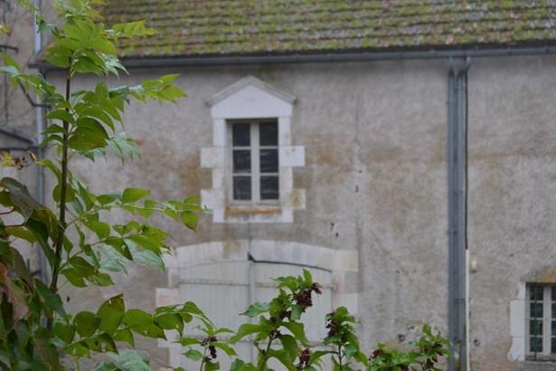 La Trimouille - FRA (photo 2)