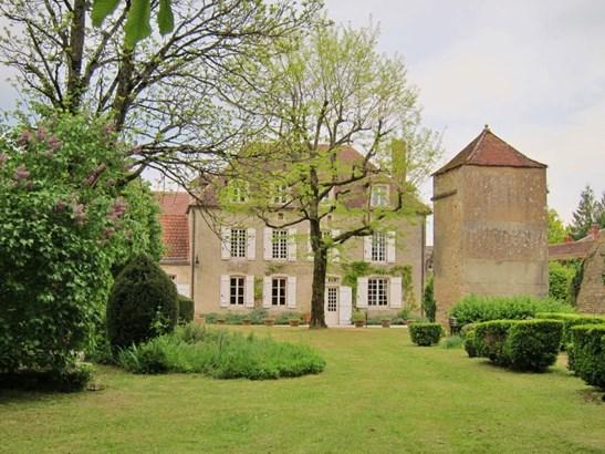 Noyers - FRA (photo 2)