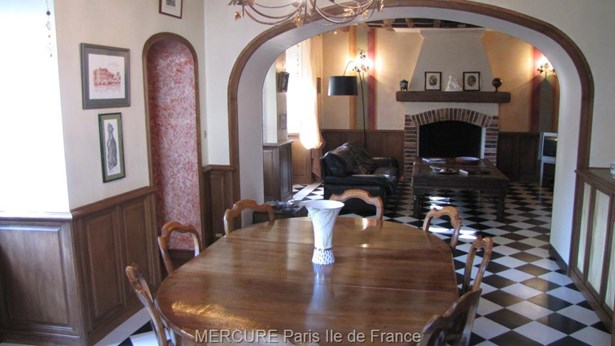 Breux Jouy - FRA (photo 3)
