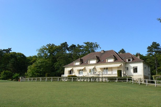 Compiegne - FRA (photo 3)