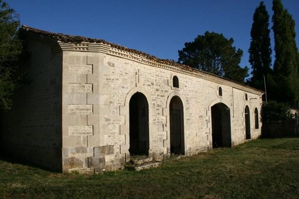 Saint Maixent L'ecole - FRA (photo 5)