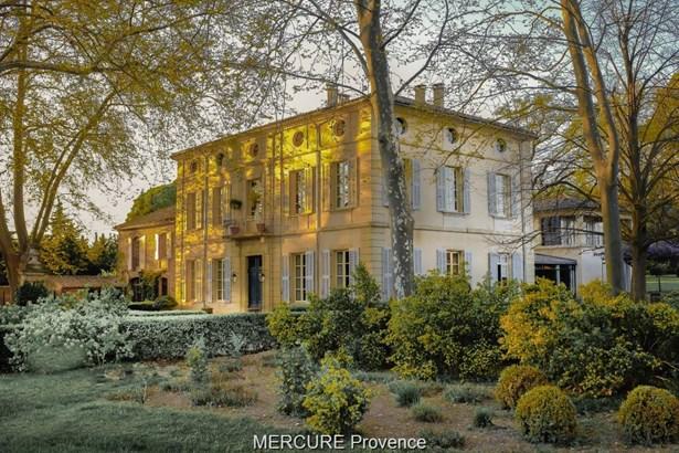 Avignon - FRA (photo 1)