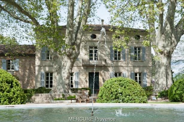 Avignon - FRA (photo 2)