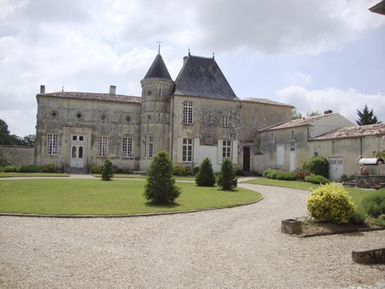 Charente-maritime - FRA (photo 2)