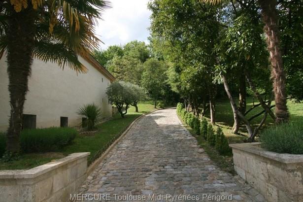 Foulayronnes - FRA (photo 2)