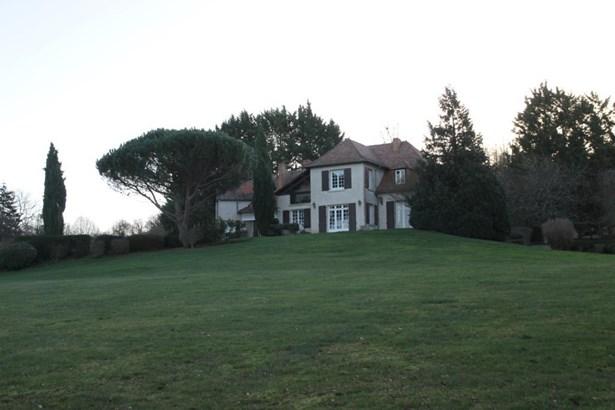 Cenon Sur Vienne - FRA (photo 2)