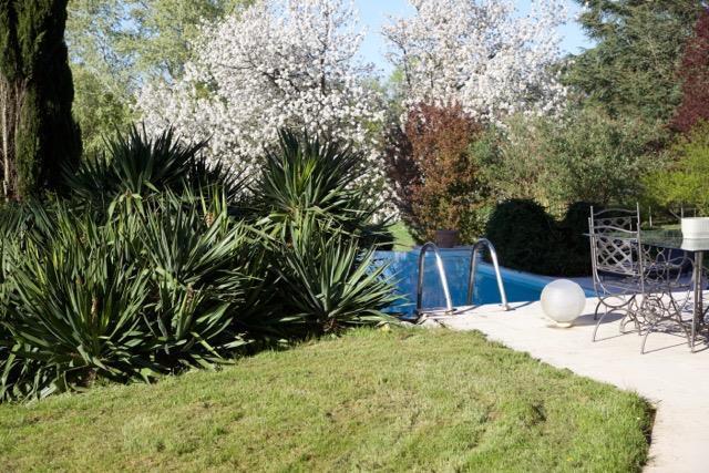 Cenon Sur Vienne - FRA (photo 5)