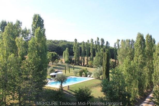 Roquemaure - FRA (photo 4)
