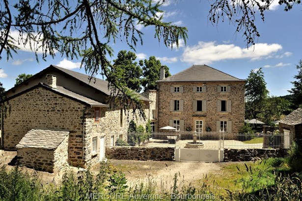 Yssingeaux - FRA (photo 1)