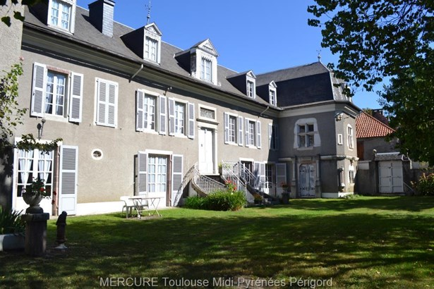 Bagnere De Luchon - FRA (photo 1)