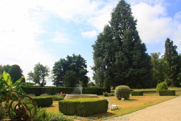 Huriel - FRA (photo 2)