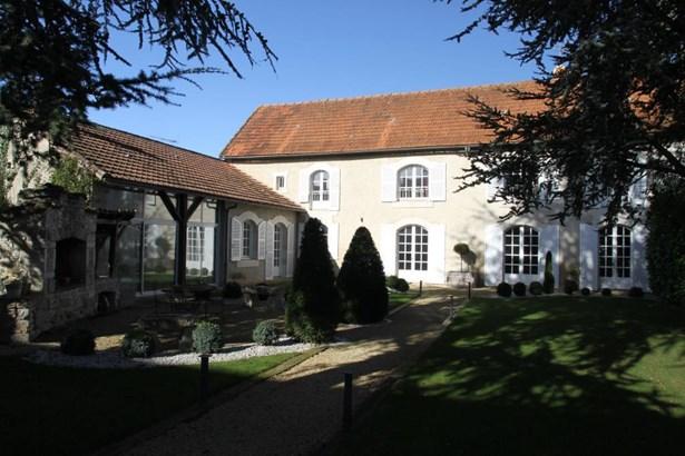 Avanton - FRA (photo 2)