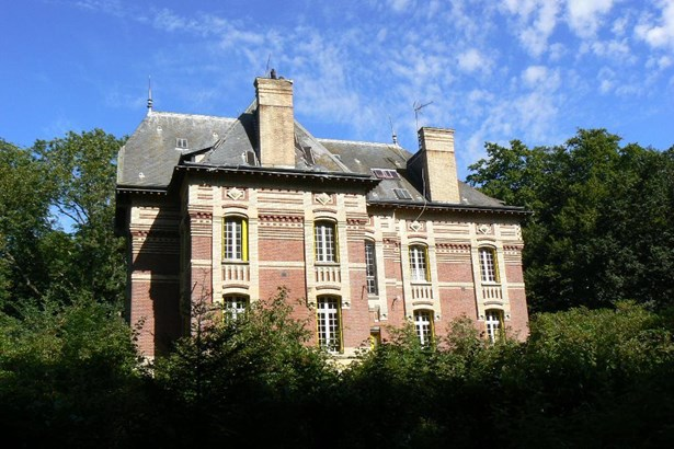 Grandvilliers - FRA (photo 3)