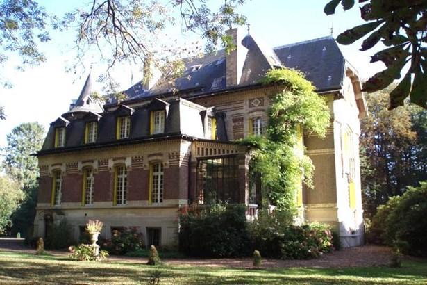 Grandvilliers - FRA (photo 4)
