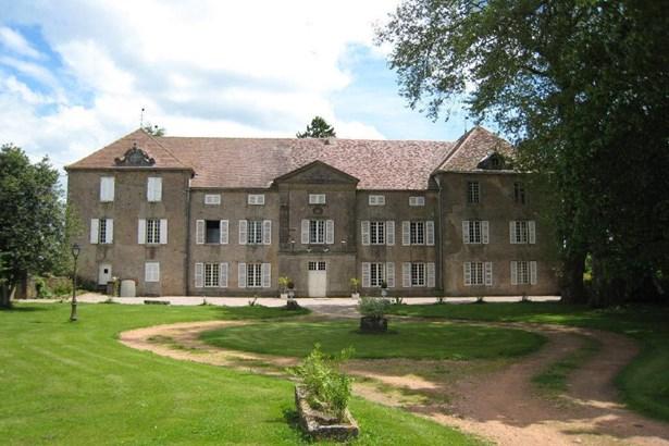 Saulieu - FRA (photo 2)