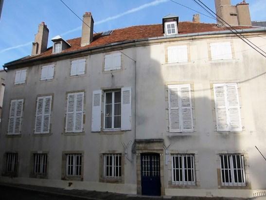Langres - FRA (photo 2)