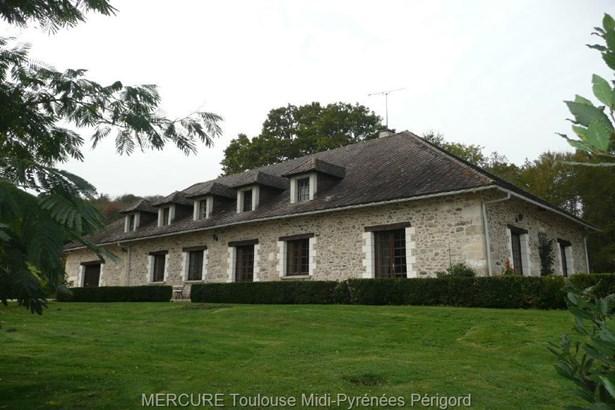 Champagnac-de-belair - FRA (photo 1)