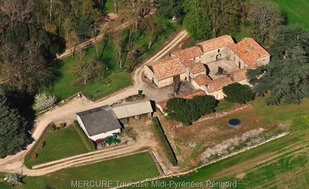 Tournon D'agenais - FRA (photo 1)
