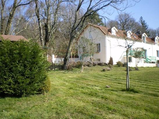 La Chataigneraie - FRA (photo 2)