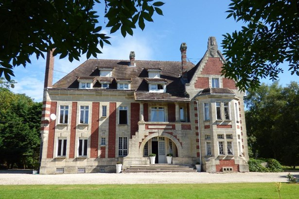Roye - FRA (photo 2)
