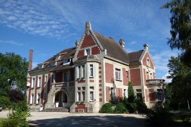 Roye - FRA (photo 4)